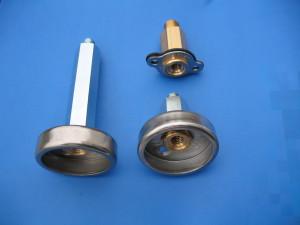 Plnící koncovka Tomasetto krátká, dlouhá pod víčko uzávěru benzínové nádrže